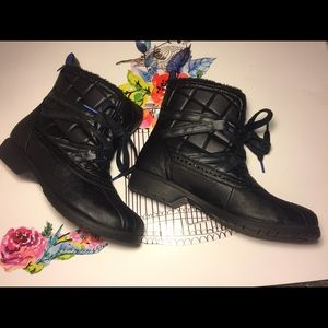 Price down Keds Snow Black Boots Size 9